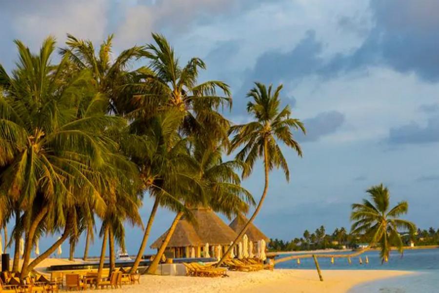 RELAX IN SRILANKA & MALDIVES